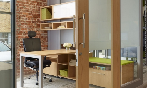 Focus on Work Easier with Comfortable Private Office Furniture