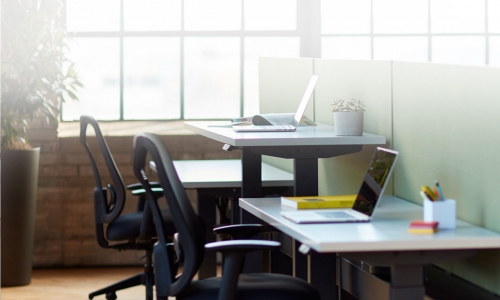 Encourage New Hires with Selections from an Office Furniture Store